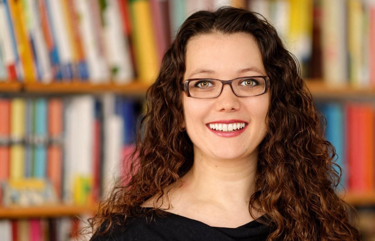 Claudia Carl